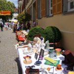 Flohmarkt vor der Musikschule